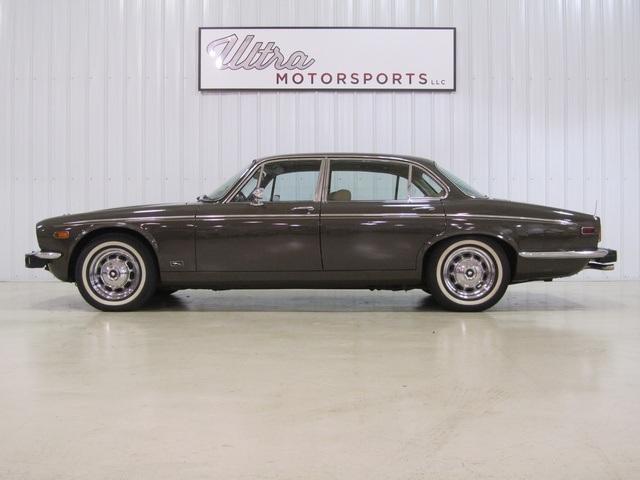 1976 Jaguar XJ - Ultra Motorsports, LLC