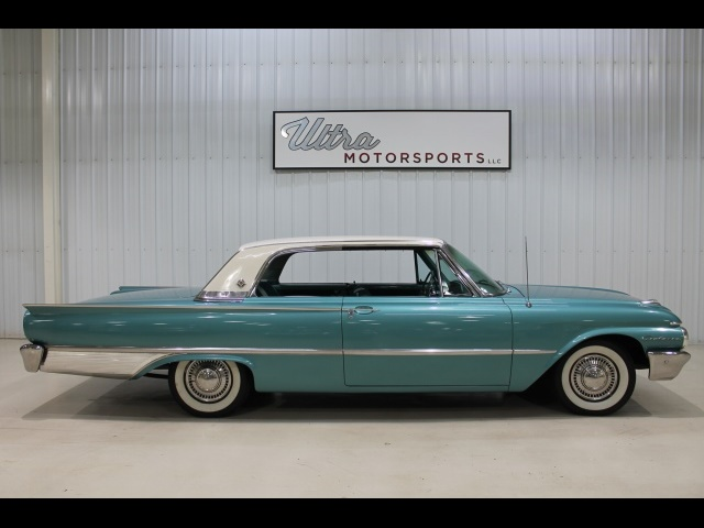 1961 Ford Galaxie 500